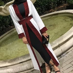 Open Palestinian thobe/vest with embroidery